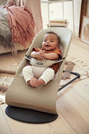 Baby Bouncer Balance Soft in Khaki Beige Cotton - BABYBJÖRN