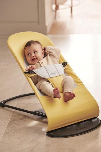 Babysitter Balance Soft med naturlig gungning i Cotton Jersey - BABYBJÖRN