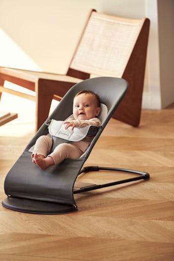 Babysitter Balance Soft Mörkgrå/Grå i Cotton Jersey - BABYBJÖRN