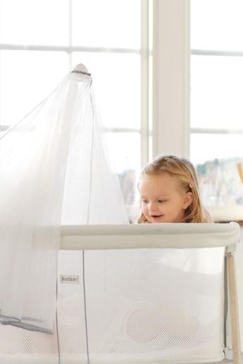 Baby Cradle White Mesh - BABYBJÖRN