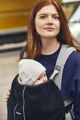Cover for Baby Carrier in windproof material, Black - BABYBJÖRN