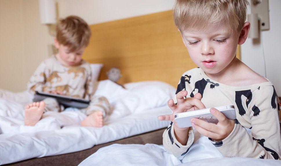 BABYBJÖRN Föräldramagasin – Appar för barn,.