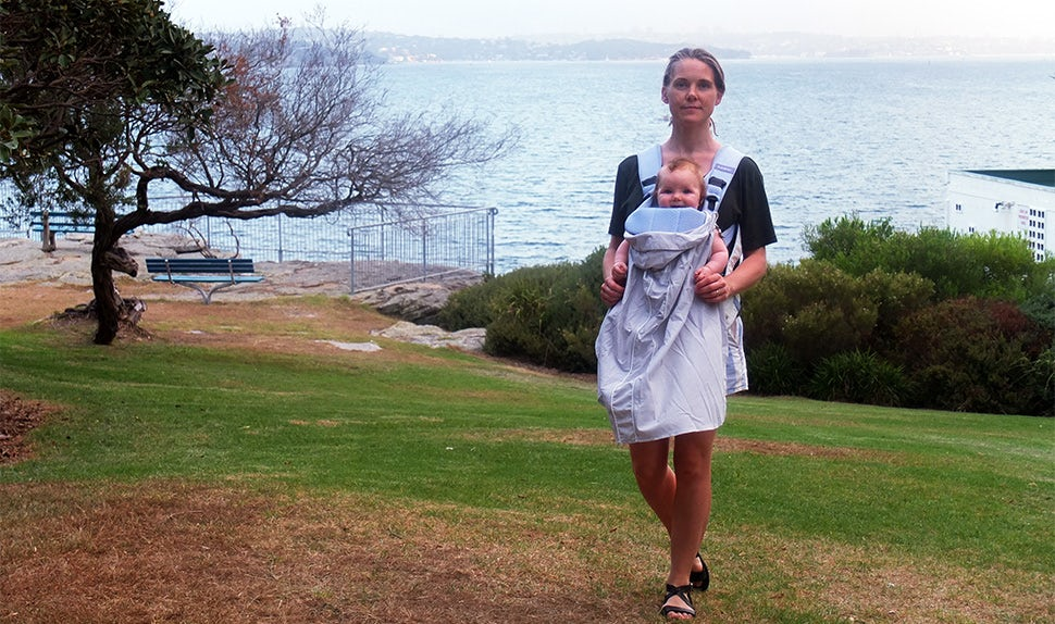 BABYBJÖRN Föräldramagasin – Jenni Ann med dottern på föräldraledighet i Australien.