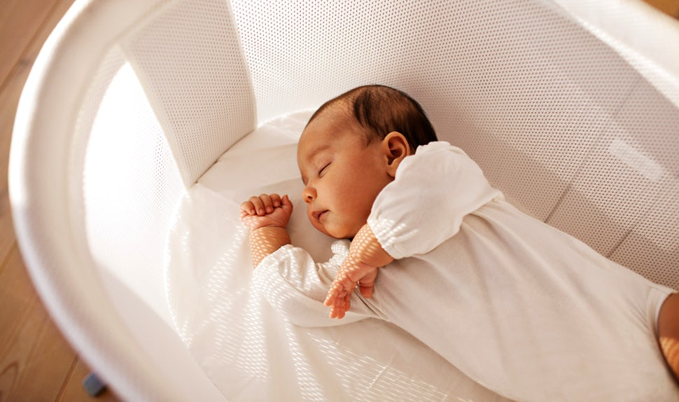 BABYBJÖRN Magazine – Newborn sleep a lot in their first weeks.