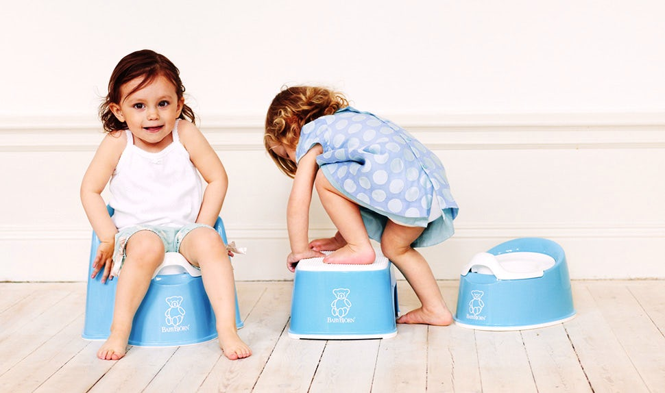 BABYBJÖRN Magazine – When to start potty training? Children testing the BABYBJÖRN Potty Chair