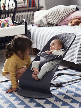 Babysitter Bliss i Antracitgrå Cotton - BABYBJÖRN