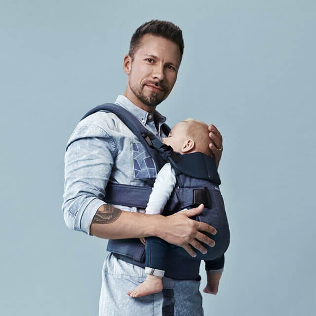 Baby Carrier One Dadstories Classic denim Midnight blue BABYBJÖRN