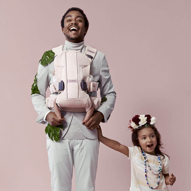 Baby Carrier One Air Dadstories Powder pink BABYBJÖRN