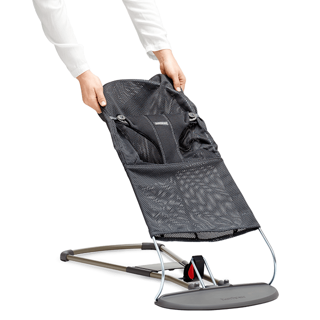babysitter-bliss-fabric-seat-mesh-anthracite-grey-babybjorn-min