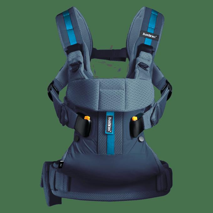 BABYBJÖRN Bärsele One Outdoors i mörkblå, perfekt för dig som har ett aktivt friluftsliv.