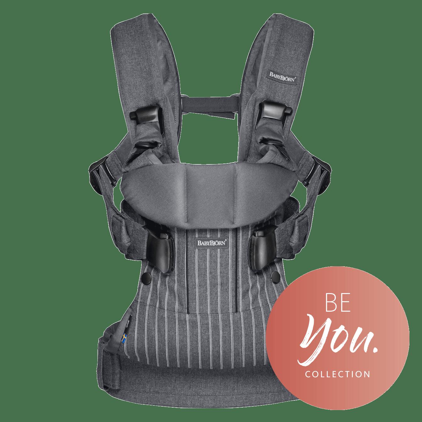 BABYBJÖRN Bärsele One i kritstreckgrå, en ergonomisk bärsele i cotton mix för nyfödda och upp till 3 års ålder.