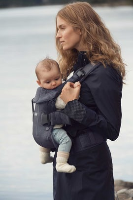 Baby Carrier One Air in airy mesh - BABYBJÖRN