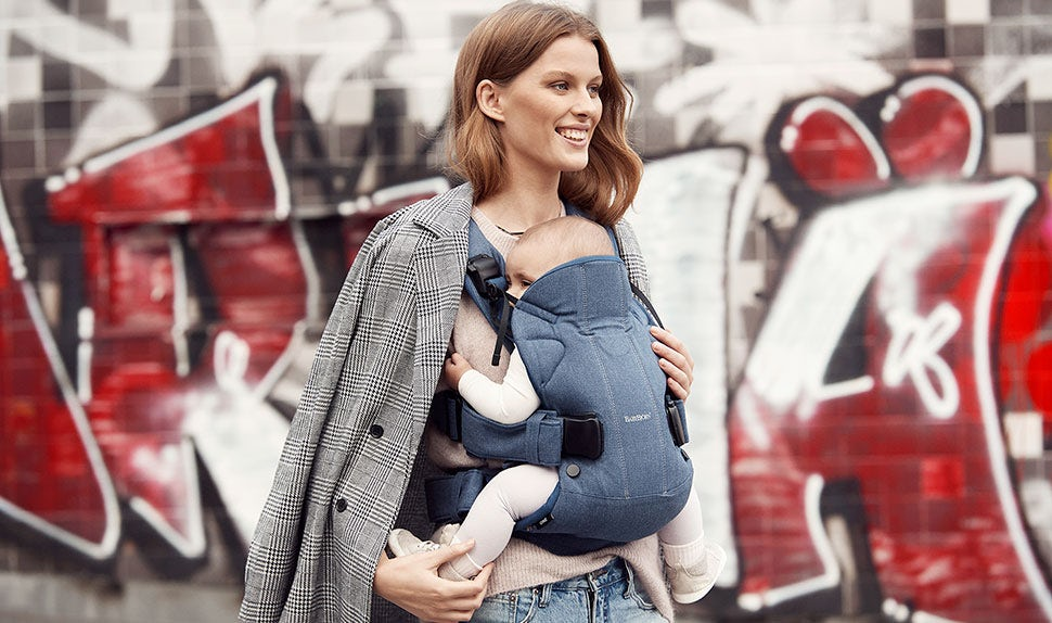 BABYBJÖRN Baby Carrier One – Classic denim/Midnight blue.