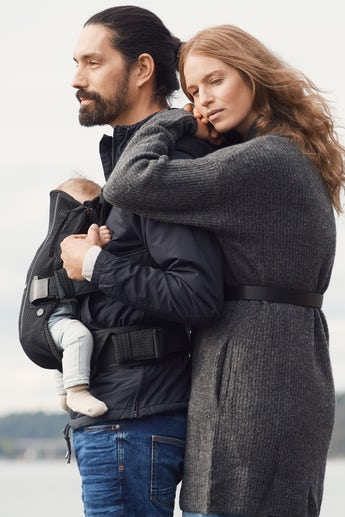 Baby Carrier One Air - Black - 3D-Mesh - BABYBJÖRN