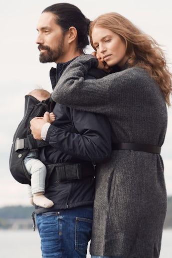 Baby Carrier One Air - Black - 3D-Mesh - BABYBJÖRN