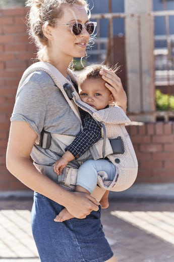 Baby Carrier One Air Pearly Pink in airy Mesh - BABYBJÖRN