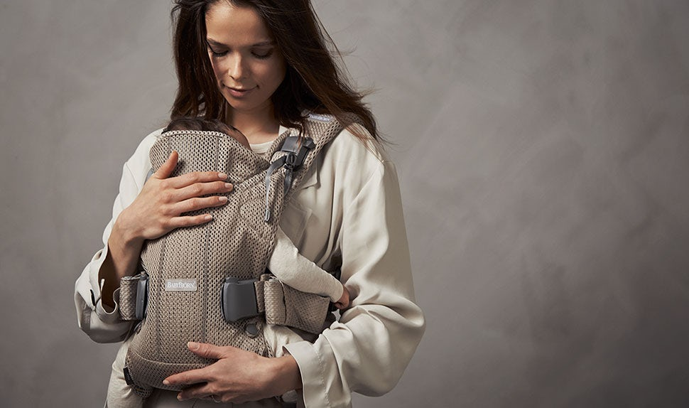 4de27bc29de BABYBJÖRN Baby Carrier One Air can be used from newborn – Greige