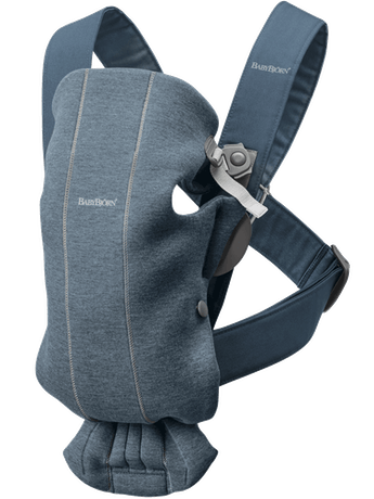Baby Carrier Mini Dove blue in cosy, airy and soft 3D Jersey - BABYBJÖRN