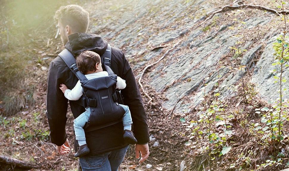 Piensa en esto antes de empezar a usar una mochila porta bebé | BABYBJÖRN