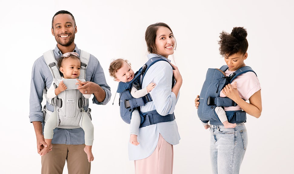 9098ab20e68 Do you want a small and simple baby carrier to use for your newborn baby  from day one  Or would you prefer a more advanced baby carrier that you can  use for ...