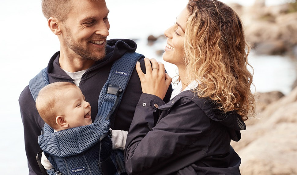 Babywearing guide – safety and baby carriers | BABYBJÖRN