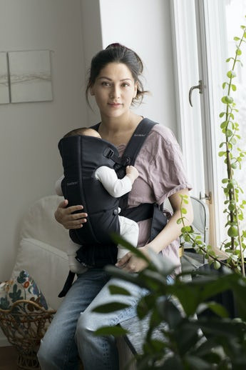Baby Carrier Mini Black Cotton - BABYBJÖRN