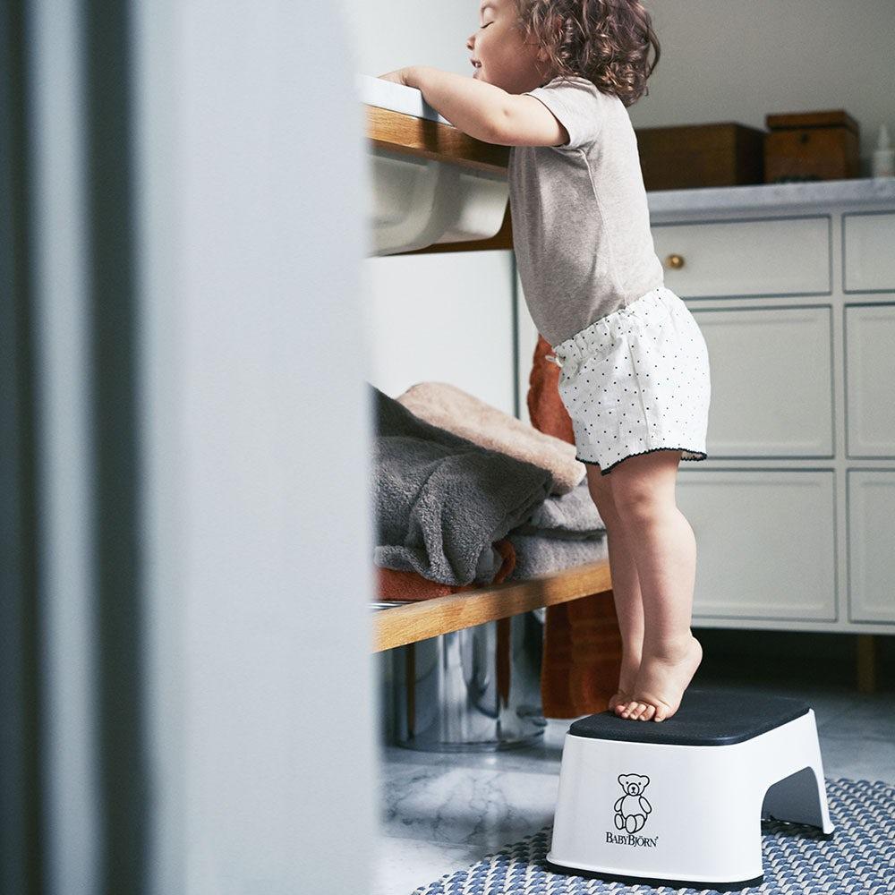 geschenke f r 2 j hrige gute tipps babybj rn. Black Bedroom Furniture Sets. Home Design Ideas