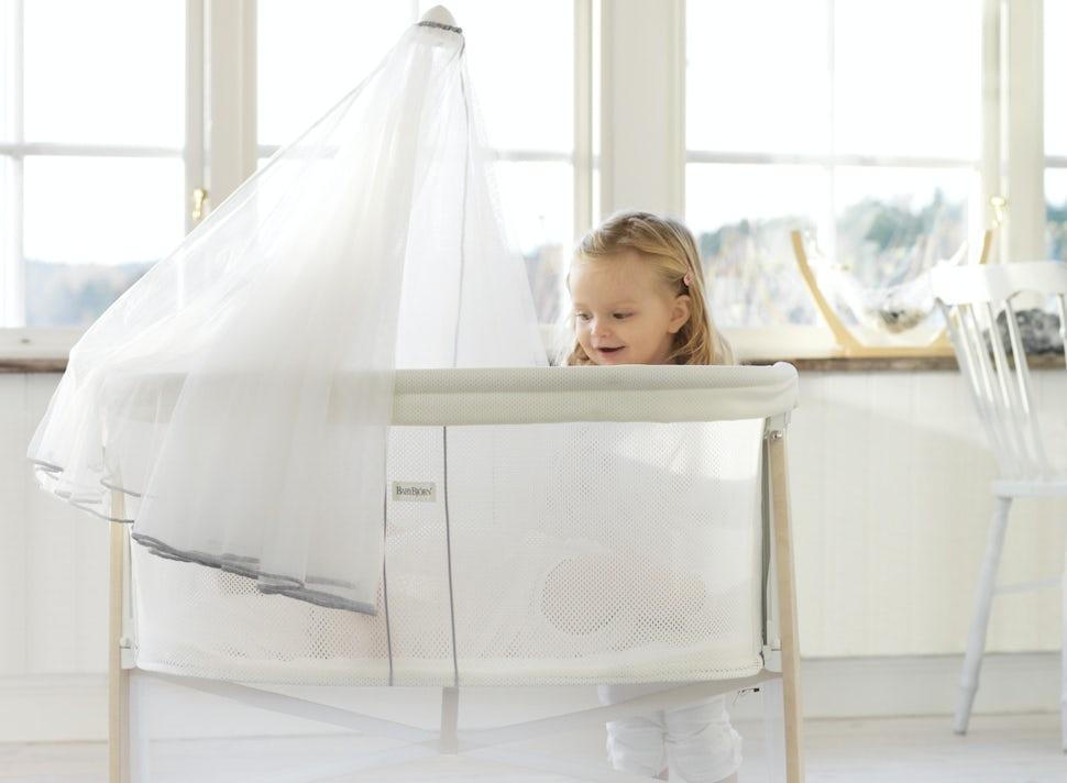 cradle-white-BABYBJÖRN
