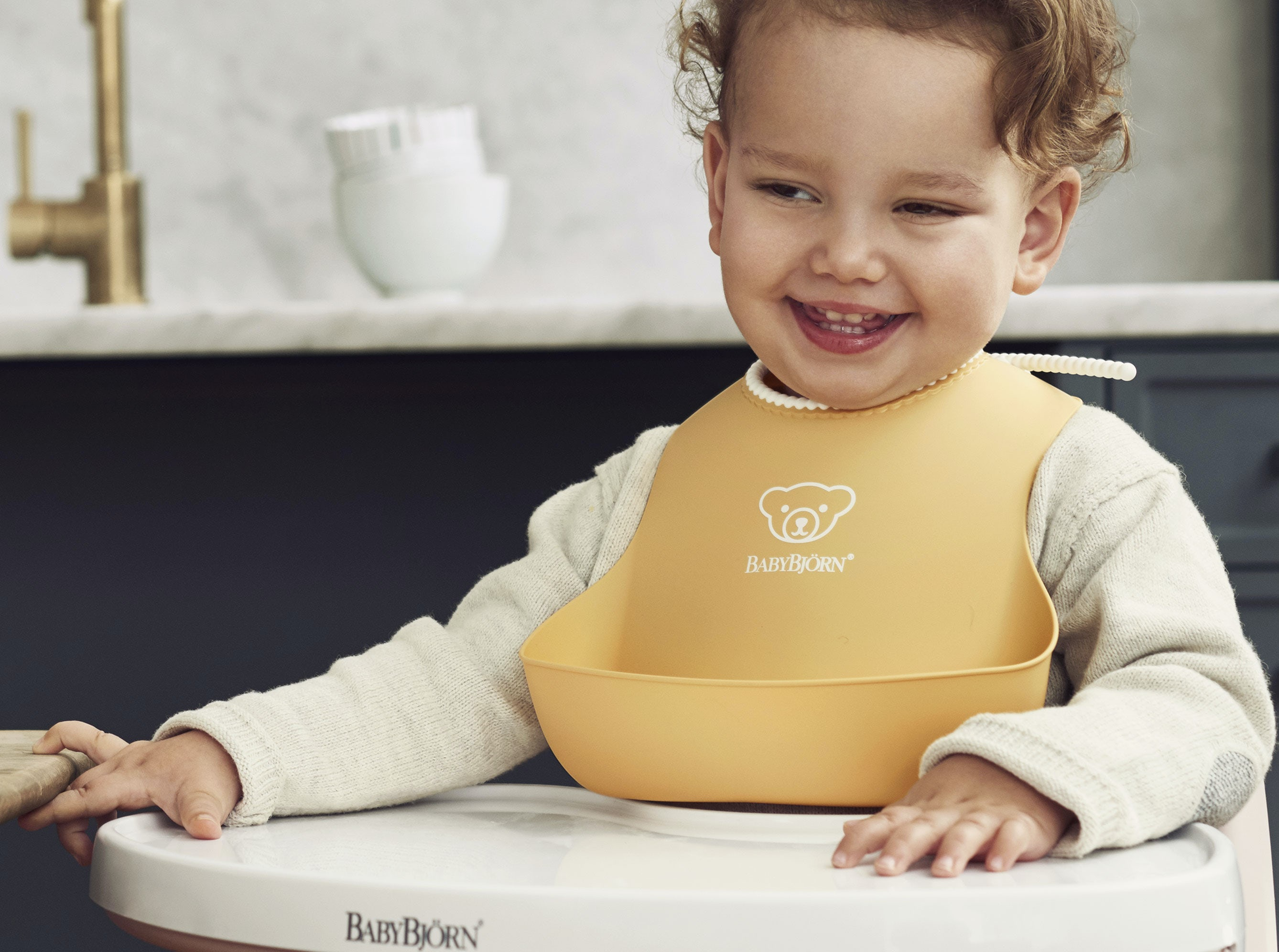 BabyBjorn High Chair with Powder Yellow Bib
