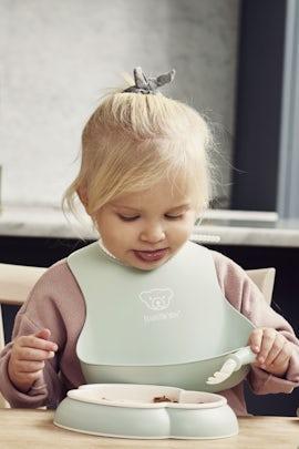 Haklapp, 2-pack i Blekgrön/Blekrosa BPA-fri plast - BABYBJÖRN
