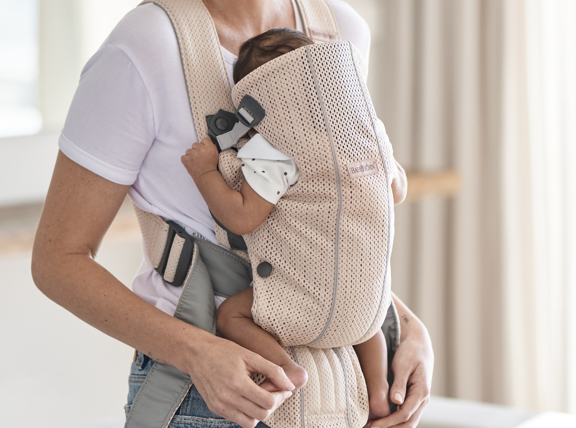 New Baby Carrier Mini Pearly pink-3d Mesh 021001 - BABYBJÖRN