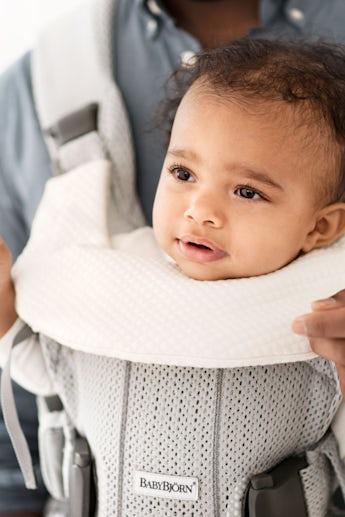 Bavoir pour Porte-bébé One - BABYBJÖRN