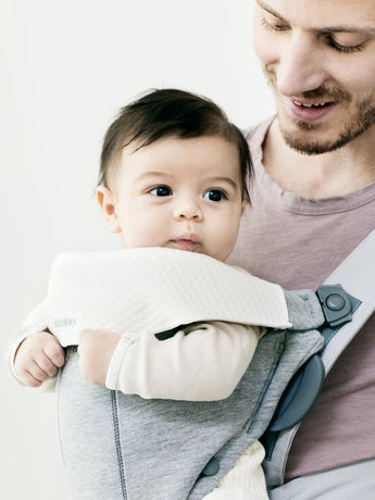 BABYBJORN Bib for Baby Carrier Mini