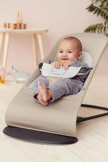 BABYBJÖRN Babysitter Balance Soft i Beige/Grå, Cotton/Jersey