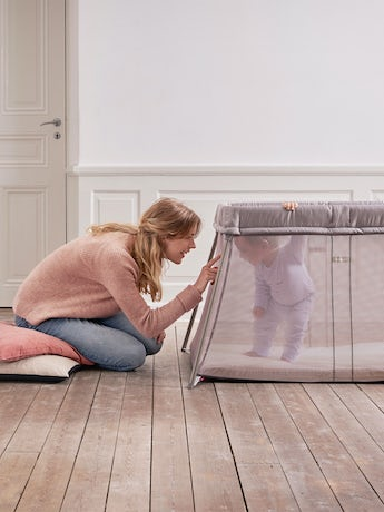 travel-crib-easy-go-greige-2