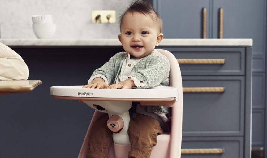 High Chair in smart and comfortable design, Powder Pink and Grey - BABYBJÖRN