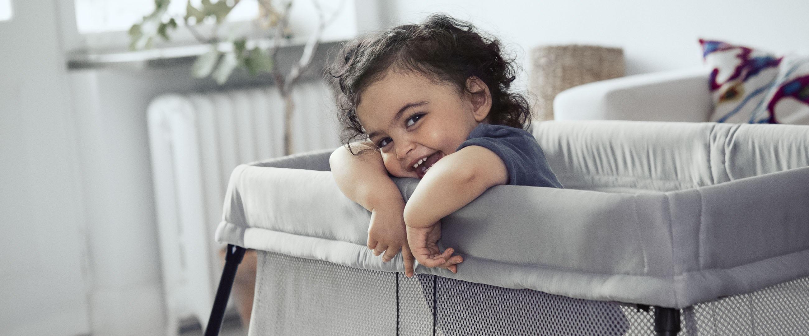 BABYBJÖRN Resesäng Light –Bäst i test – Bästa resesängen 2019