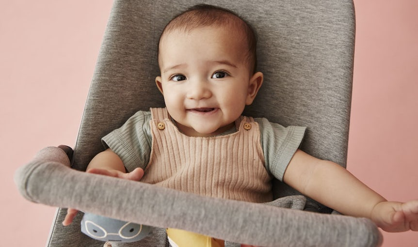 Bouncer Bliss Light Grey in super soft 3D Jersey - BABYBJÖRN
