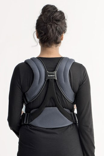 Baby Carrier Move Anthracite in airy and soft 3D Mesh - BABYBJÖRN