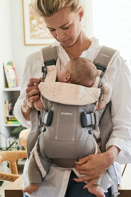 Baby Carrier One Classic Grey Pink Sprinkles Cotton Mix - BABYBJÖRN