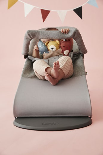 Bouncer Bliss Lightgrey 3D Jersey with Toy Soft Friends - BABYBJÖRN
