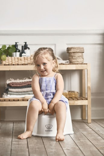 Potty Chair Powder White Grey - BABYBJÖRN