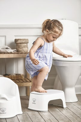 Toilet Training Seat Comfy Easy To Use Babybjorn