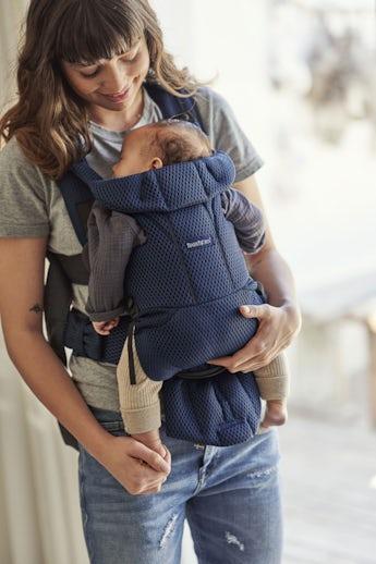 Porte-bébé Move Bleu Marine 3D-Mesh - BABYBJÖRN