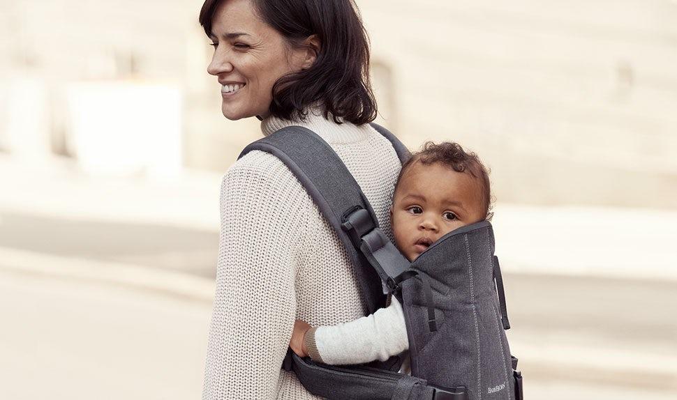 Porte-bébé One en coton très doux - BABYBJÖRN