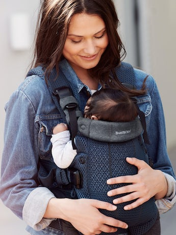 Baby Carrier Harmony in Navy blue 3D Mesh with padded back support and an ergonomic design.