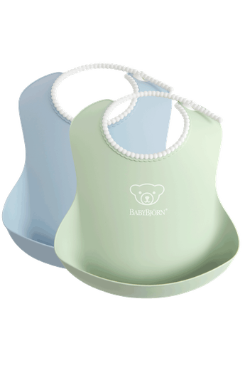 Baby Bib, 2-pack, Powder green / Powder blue, with deep spill pocket to catch any mess - BABYBJÖRN