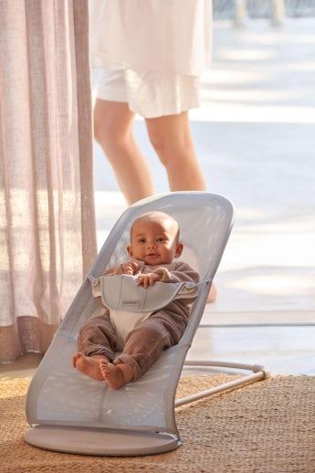 Babysitter Balance Soft Silver/Vit Mesh och ljusgrå ram